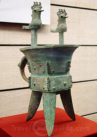 Bronze article of the Shang Dynasty